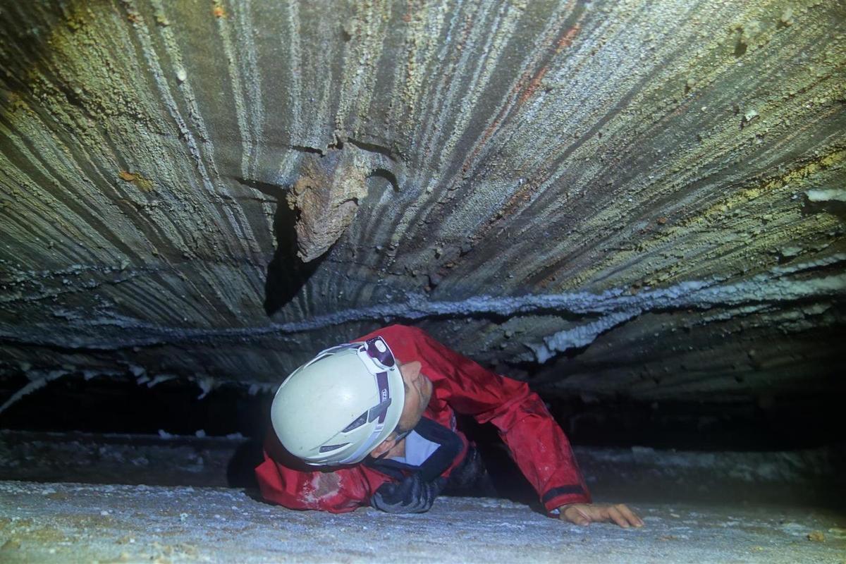dans les longs laminoirs de la grotte de sel 3N