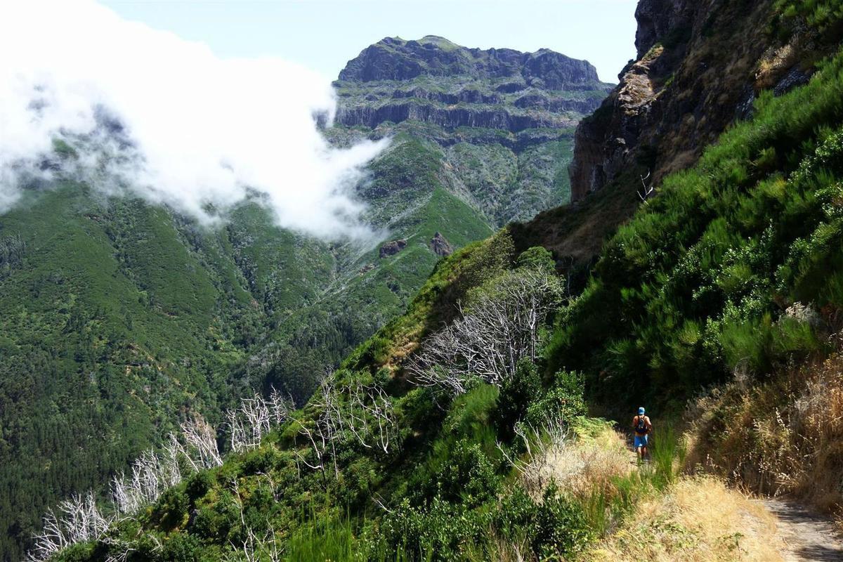 dans la descente, par Bocca do Cerro, avant l'hypoglycémie (à jeun depuis la veille au soir...)