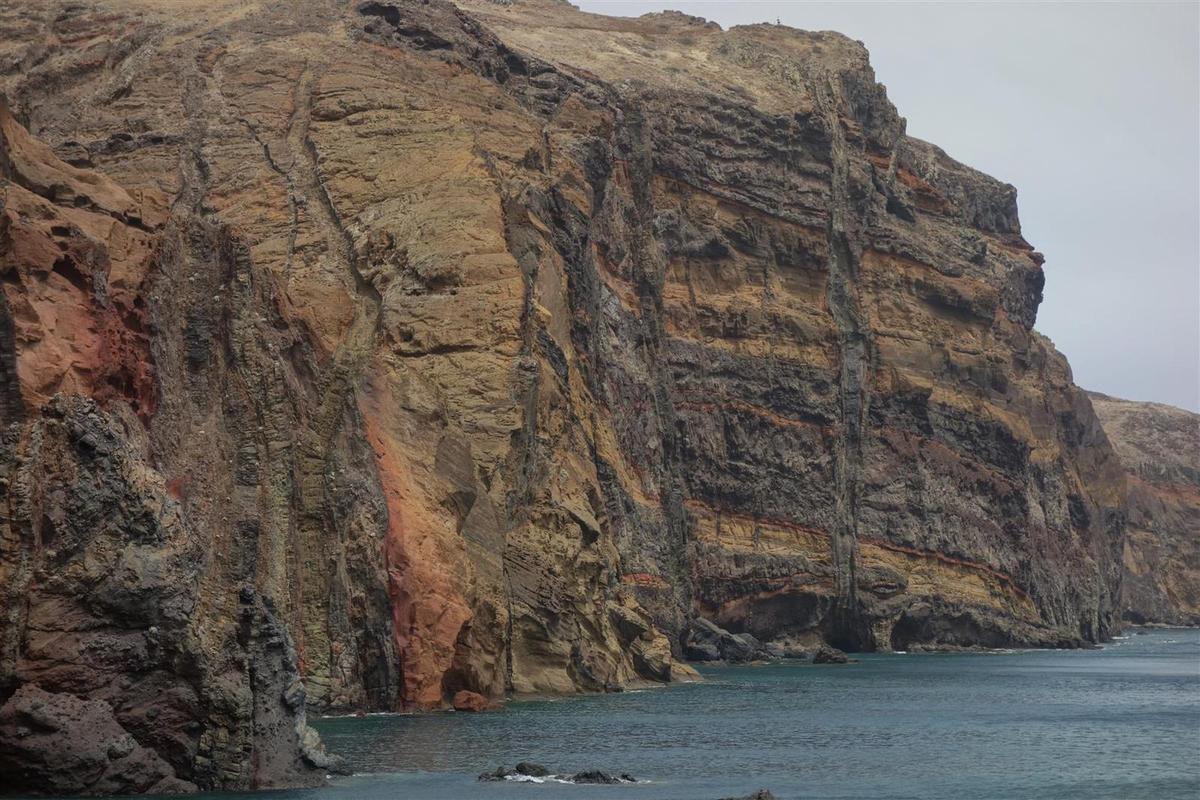 la géologie exceptionnelle de la Punta de Sao Lourenço, et son désert côtier, photos du 7 août
