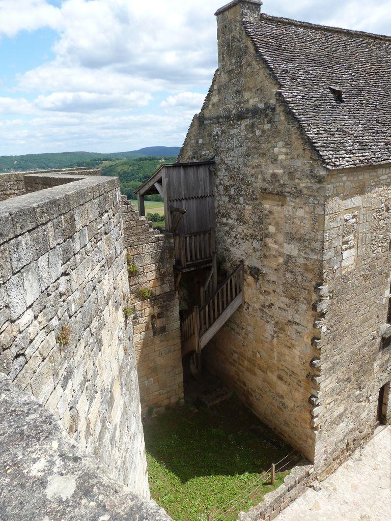 Visite du château de Castelnaud, mai 2015 : Abas, Eloïse, Hugo, Nicolas