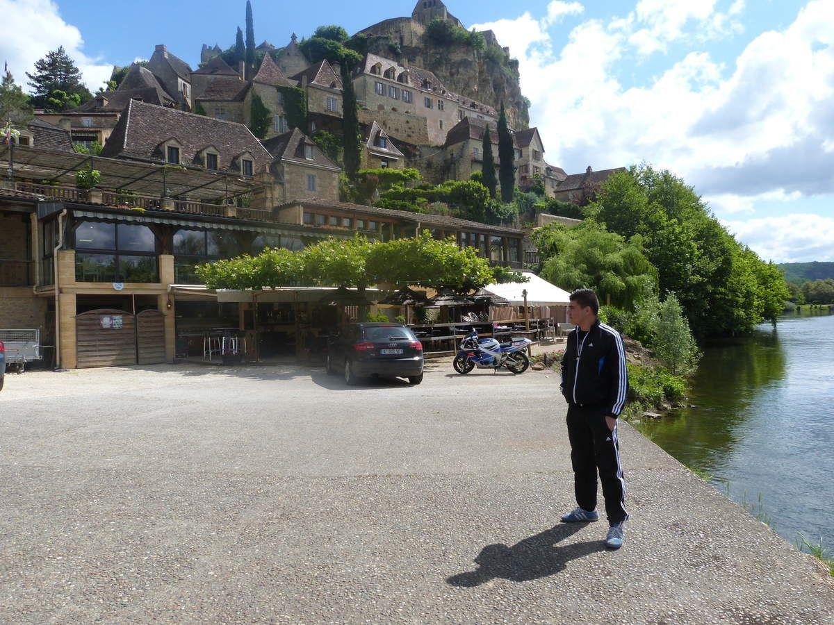 Le château de Castelnaud vu par Abas