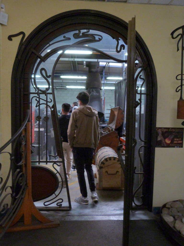 L'entrée du royaume des ferronniers d'art