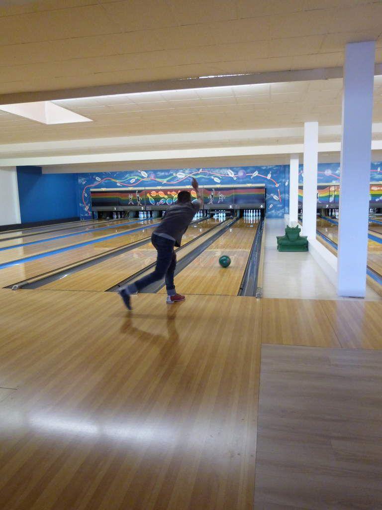 Redi, Aleksänder et Jérémy champions du monde de bowling