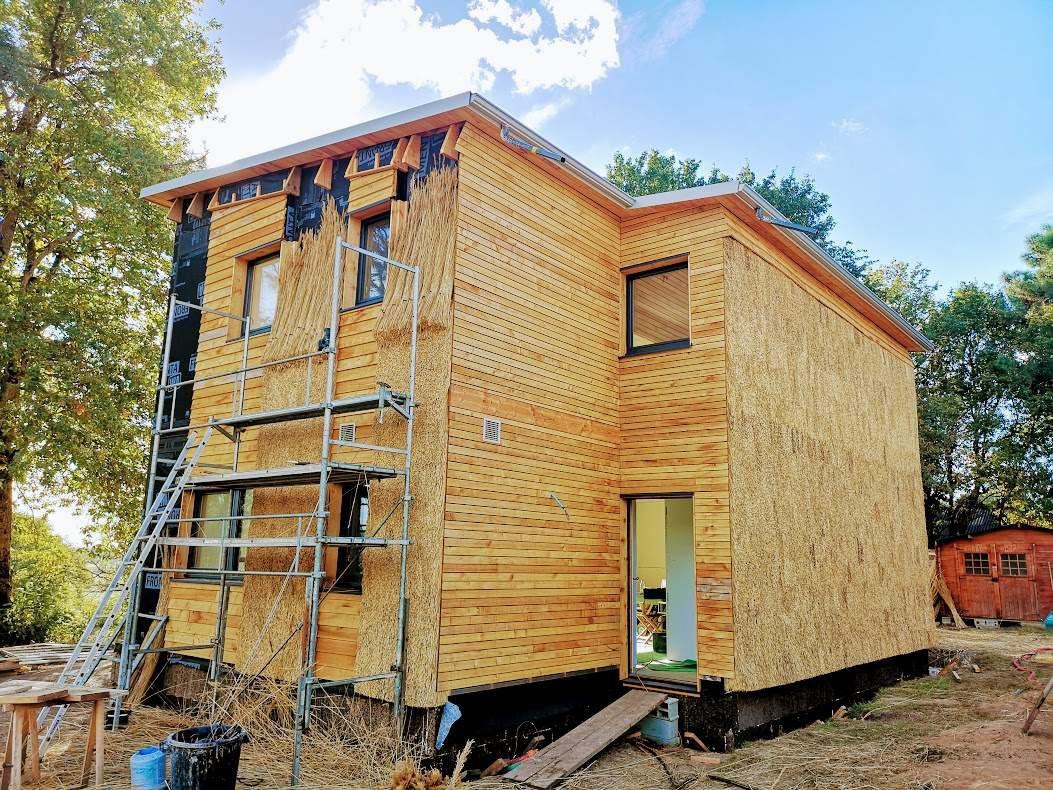 isolation des murs exterieurs en bardage chaume vertical le blog de toiture chaume philippe. Black Bedroom Furniture Sets. Home Design Ideas