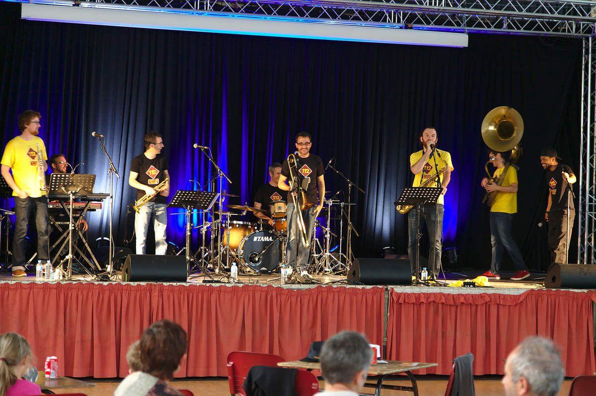 "2015-06-12 Tambourinis 2015 : ""112 Brass Band"" à Selongey"