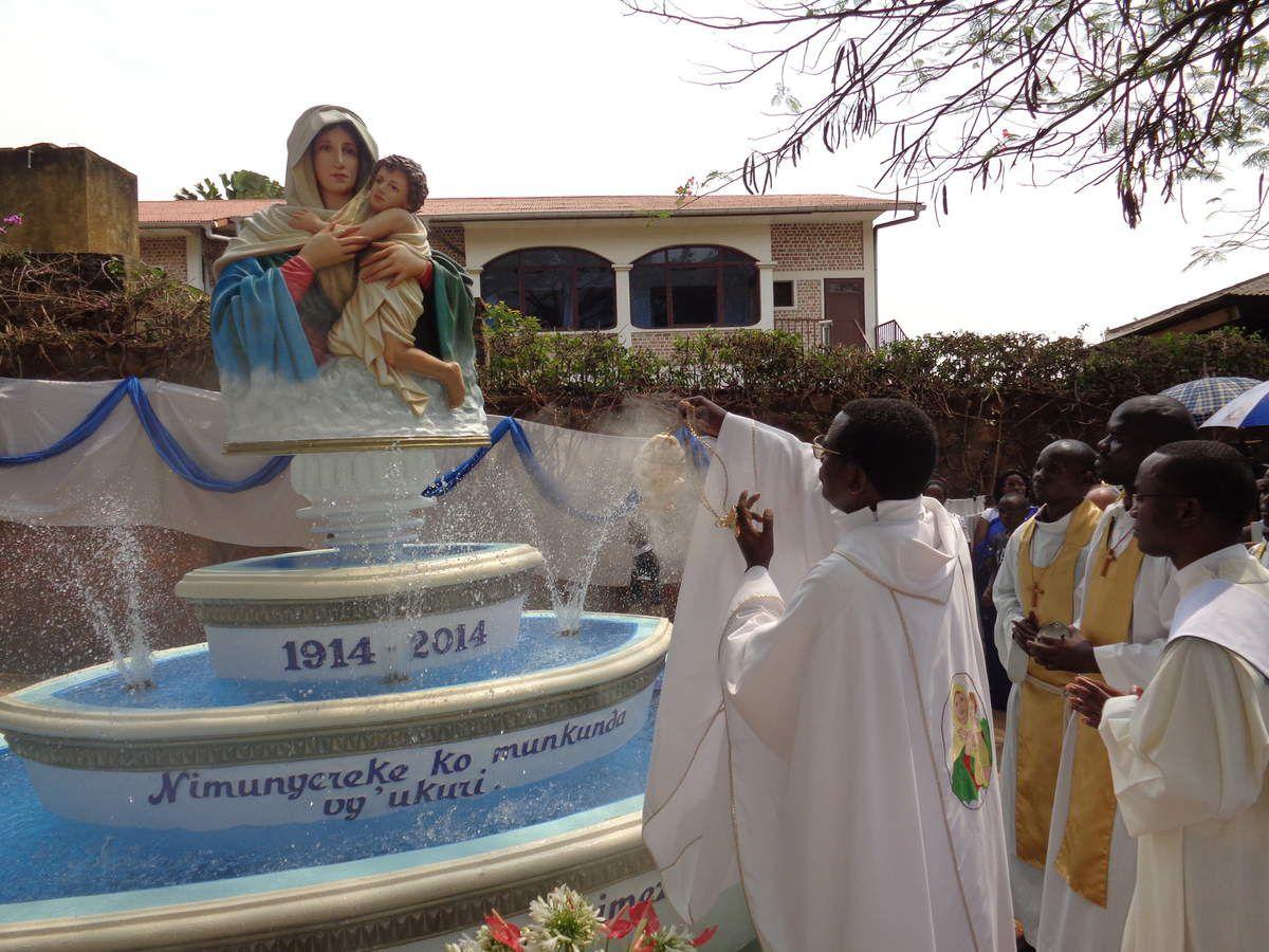 Assomption et Bénédiction de la Fontaine mariale à Mont Sion Gikungu
