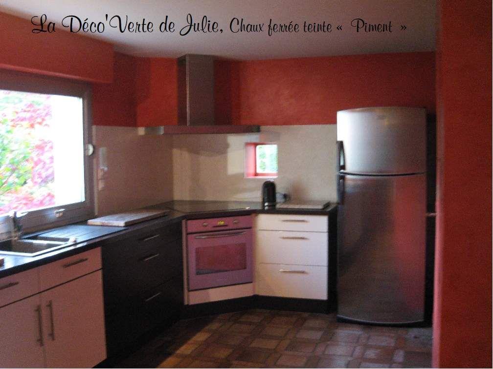 Enduits décoratifs et peintures adaptés à la cuisine