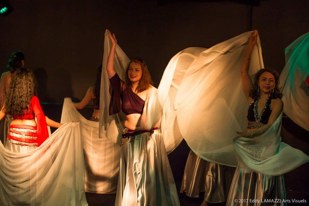 Photos du spectacle &quot&#x3B;Roses d'Or et d'Orient&quot&#x3B; - Isia et la Compagnie &quot&#x3B;Les Roses des Sables&quot&#x3B;