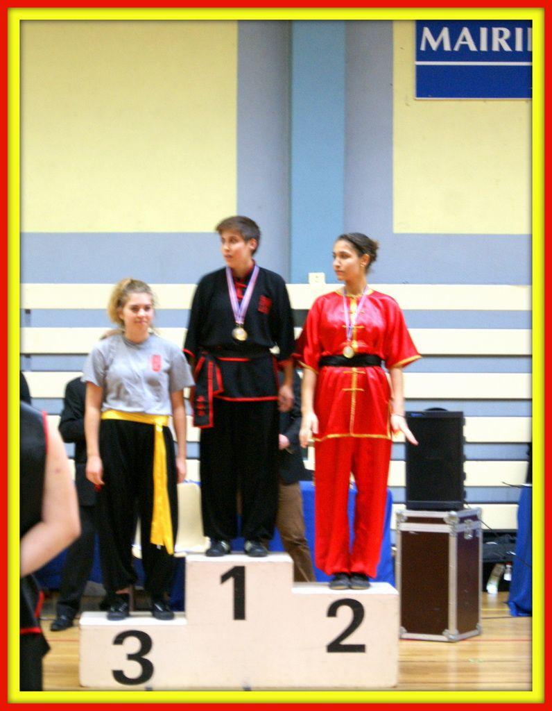 4 AVRIL 2015 CHAMPIONNAT NATIONAL KUNGFU TRADITIONNEL FAEMC avec Jasmine, Emmanuelle et Navathipan