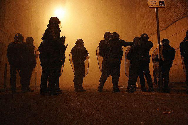 &quot&#x3B;De l'insoutenable violence policière de l'État&quot&#x3B;