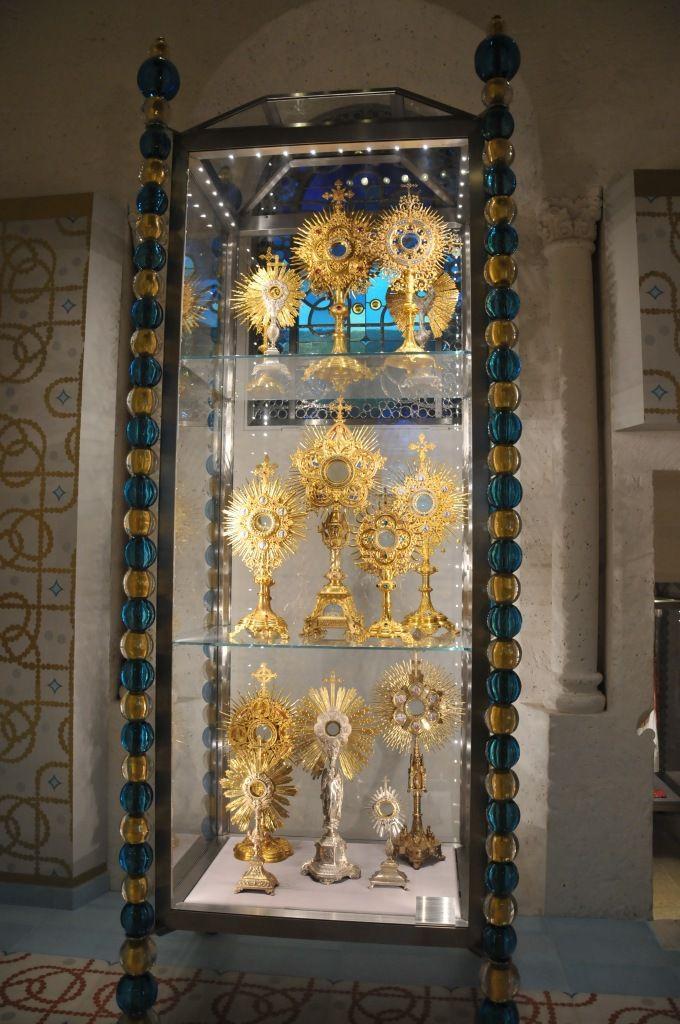 La cathédrale d'Angoulême se visite aussi pour son trésor