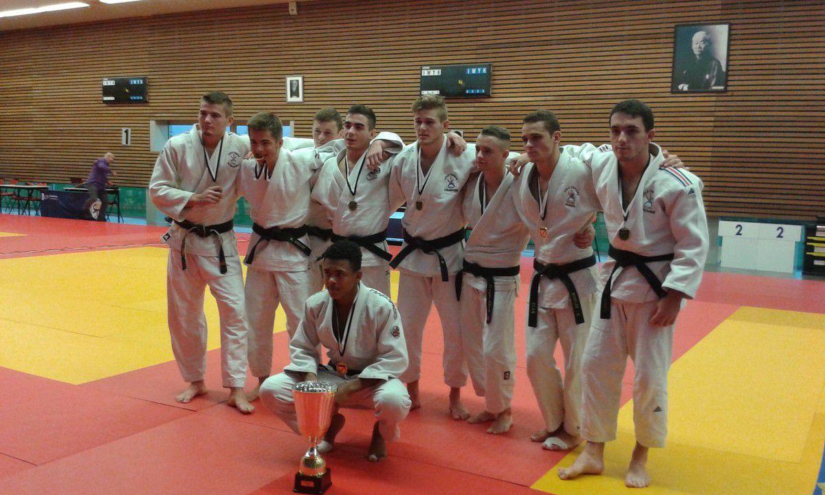 Matthieu Champion de Bretagne par équipe junior