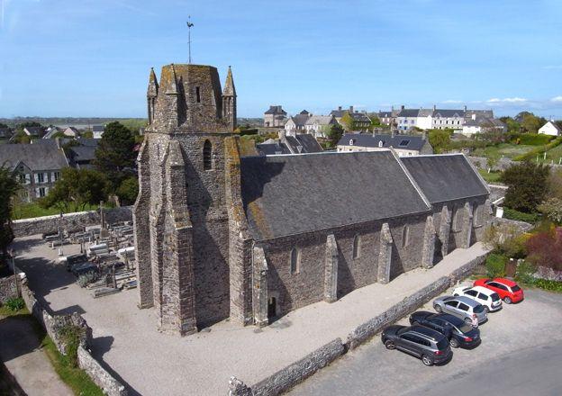 Regnéville -  l'église  © ‹(•¿•)› Jacques Masse