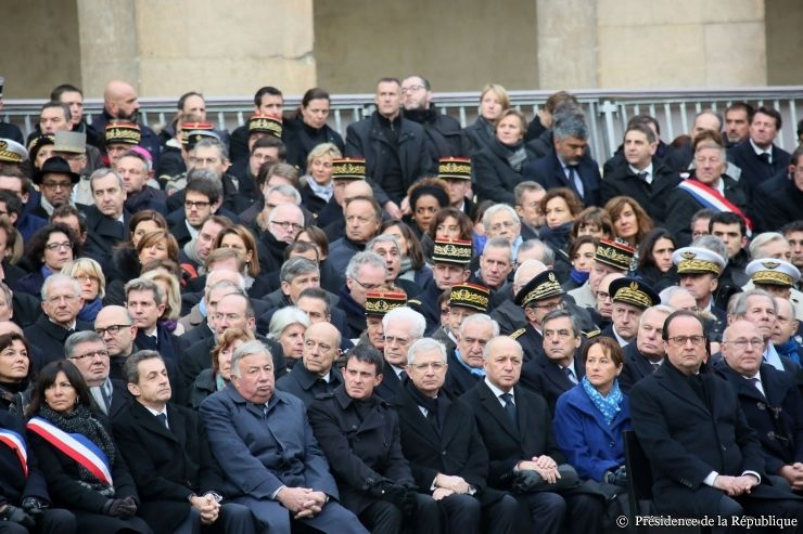 Attentats de Paris : la cérémonie en direct des Invalides