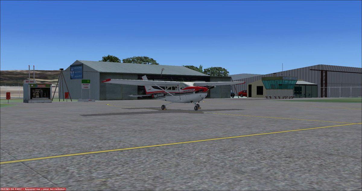C'est sur le tarmac en terre audoise, plus précisément à Castelnaudary, que le Cessna 182RG F-YQAV s'est parqué après un vol tranquille de 0h30 au départ de Muret...