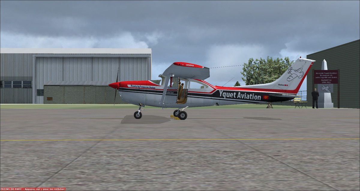 Alors que Yquet avait donné un RDV à ses amis pilotes adhérents d'une durée de 1h30, la totalité du vol de cette matinée a été pour le pilote haut-garonnais de 1h00... Ce qui permet de dire aujoud'hui que Yquet comptabilise actuellement 3475h30 de vol...