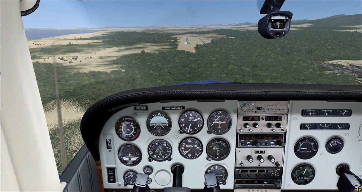 Finalement obligation pour le pilote haut-garonnais de se détourner, avec l'accord du contrôleur Tyto31, vers l'aéroport de George (FAGG) pour mettre quelques kilos de carburant supplémentaires...