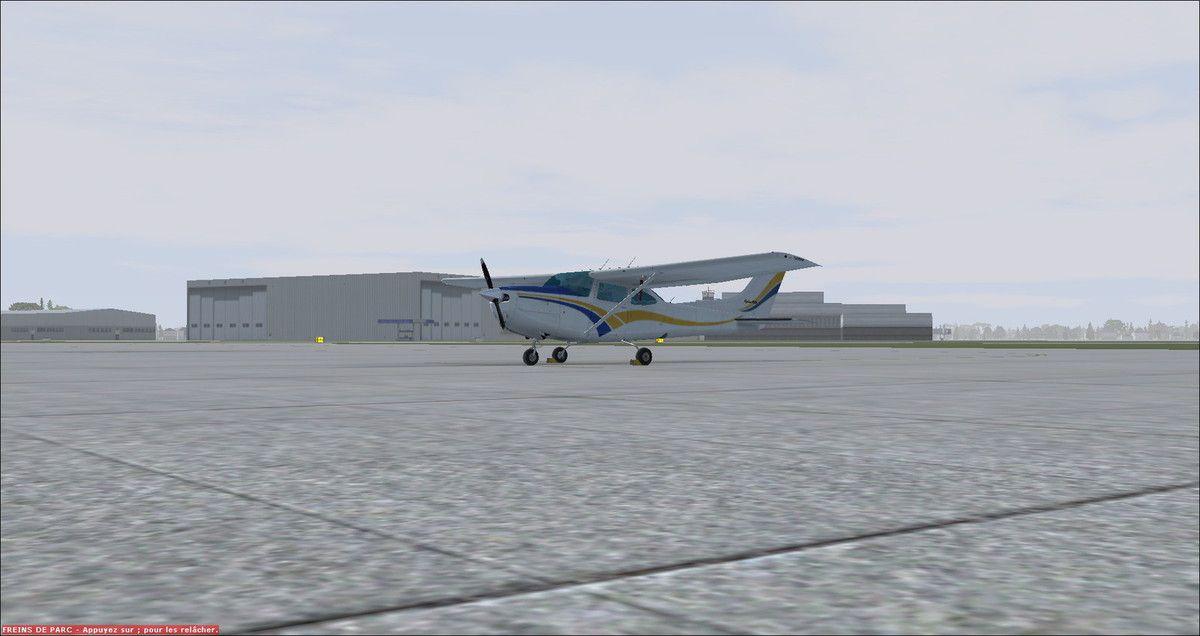 8h45 : Cessna 182RG au parking de Hannovre, prêt pour le départ vers Muret...