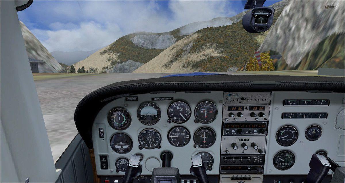 Le Cessna 182rg F-FRED aligné prêt au décollage...