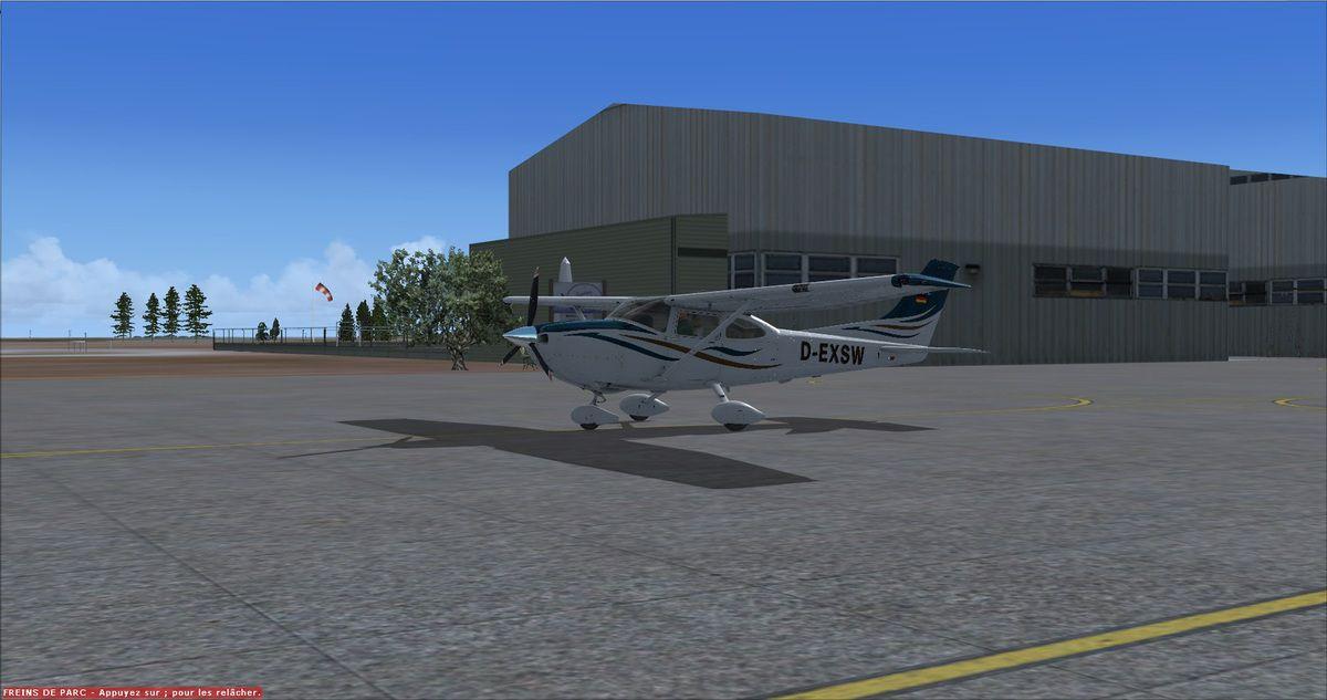 Le Cessna 182T toujours immatriculé en Allemagne est prêt pour quelques tours de piste à Muret-Lherm avec Yquet aux commandes...