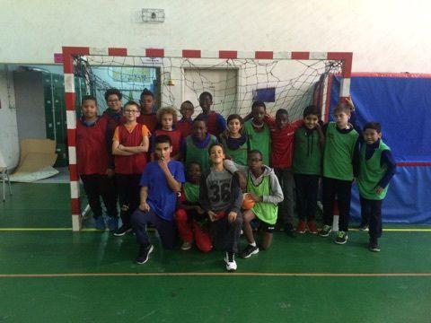 Une belle performance pour nos handballeurs débutants!!