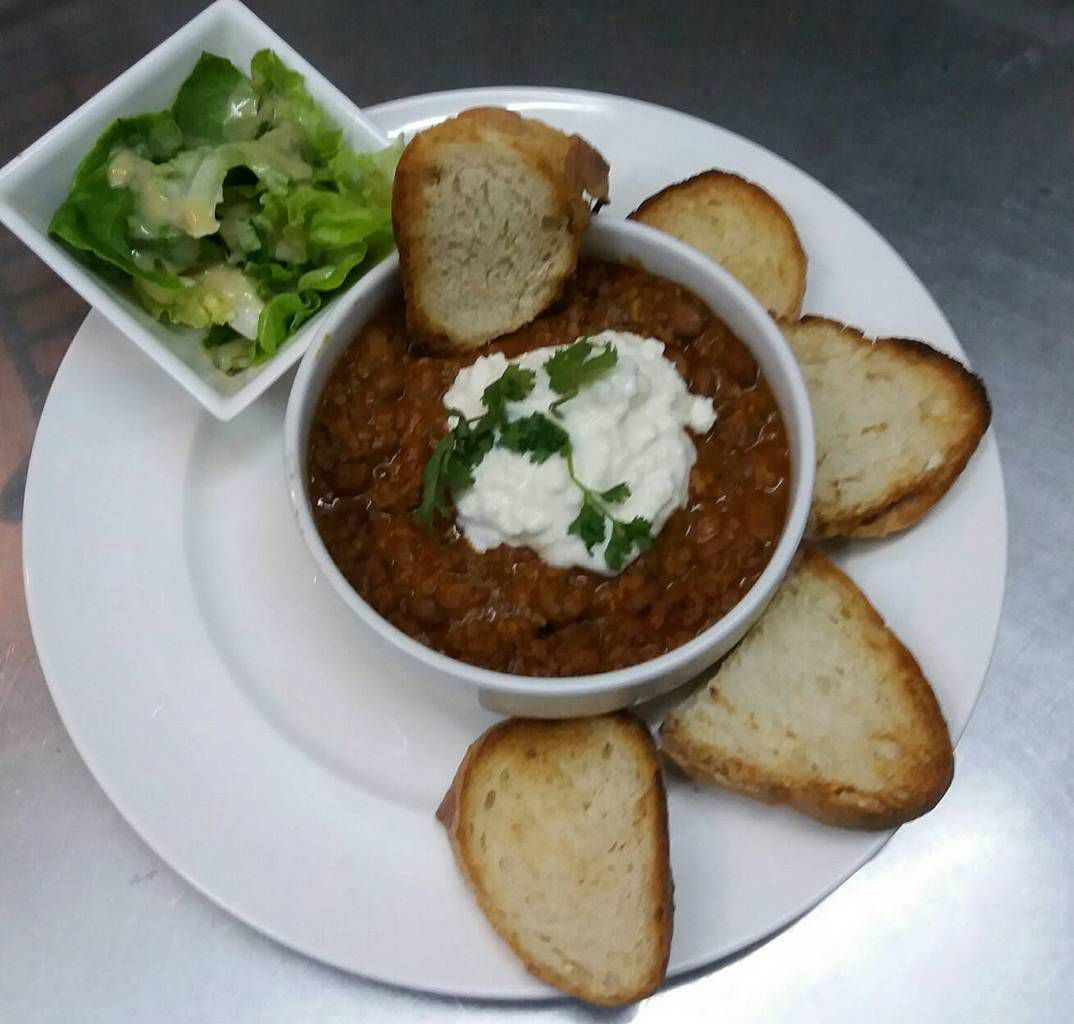 BEEF CHILI CON CARNE AT MAMA'S CAFE PATTAYA