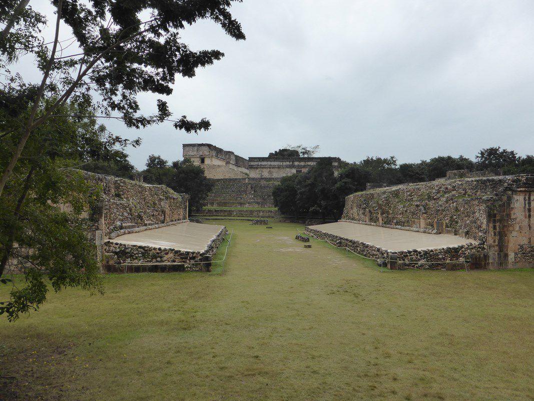 J9 – Mardi 5 janvier 2016 – Campeche (sympa) via Uxmal (superbe!)