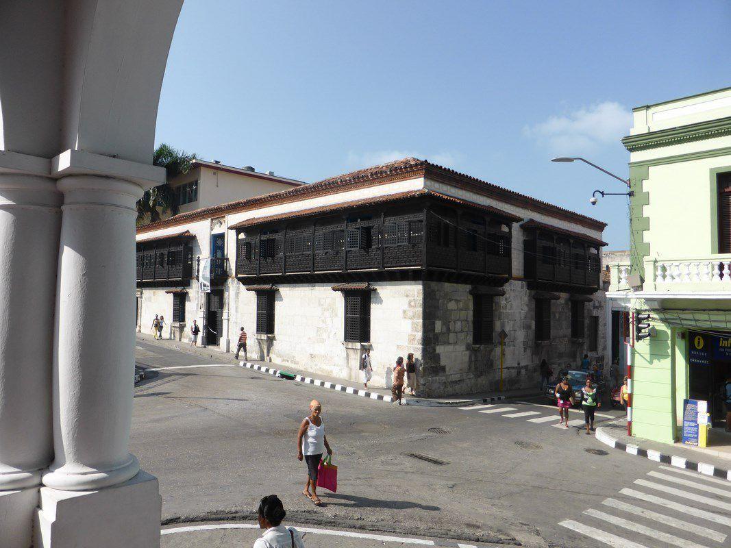 La Maison Velasquez à Santiago, la plus vieille maison de l'île ...