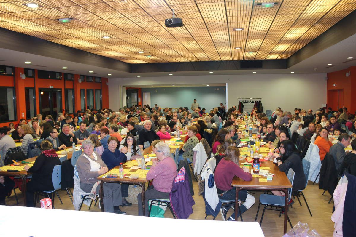 Loto de l'USSAN Foot, le vendredi 10 Avril 2015 à la salle des fêtes de Saint Aignan