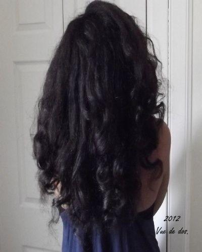 Lhuile dolive lave le henné des cheveux