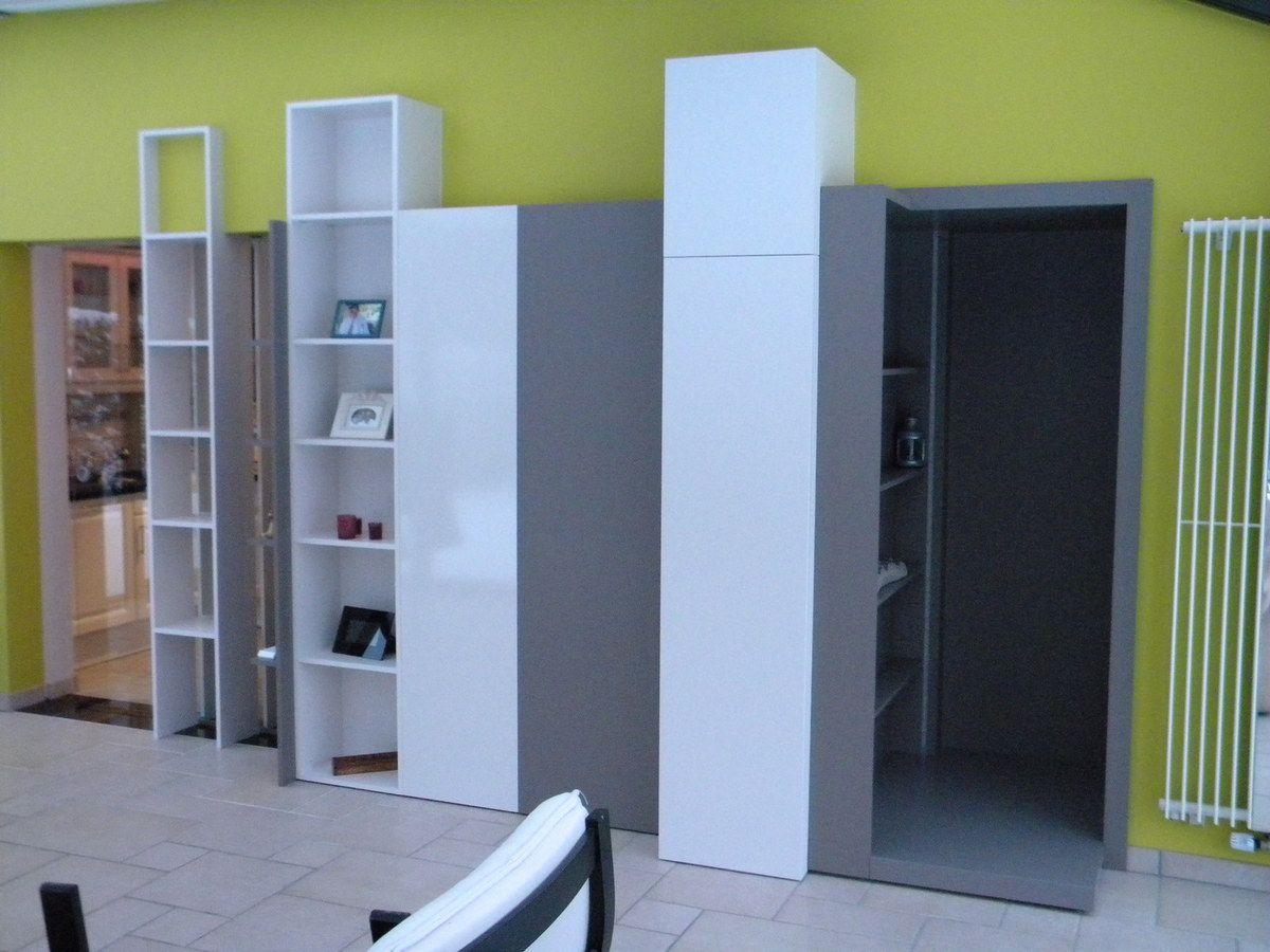 Aménagement intérieur meuble bureau et de passage entre pièces