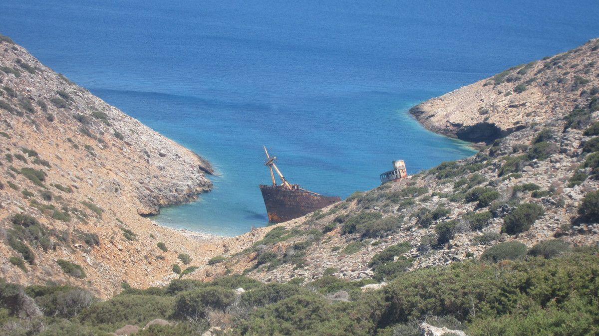 Epave du bateau du Grand Bleu