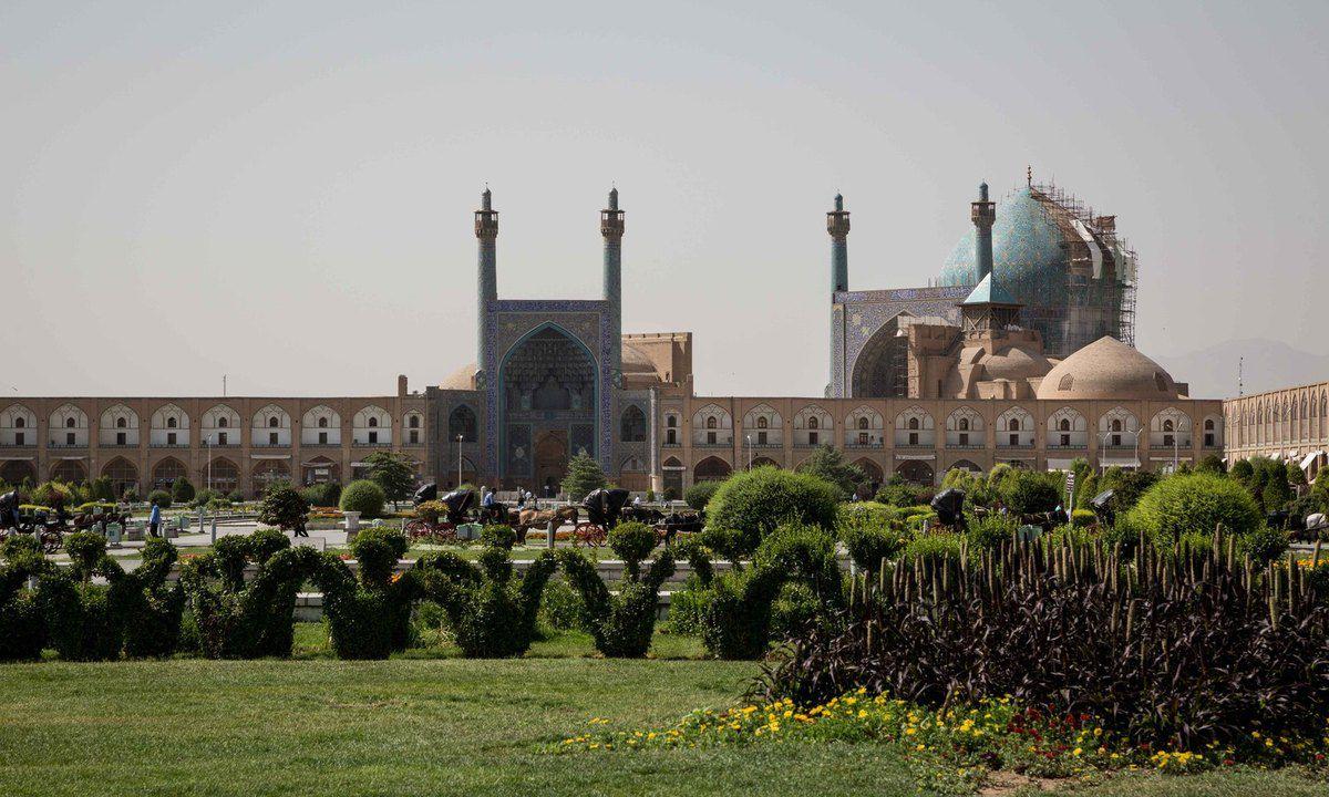 La mosquée Royale d'Ispahan,Masjed-e Shah, Si-o-Seh Bridge, Cathédrale Saint-Sauveur....