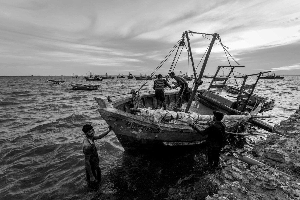 ....péninsule de Jaffna et les cicatrices des 26 ans de guerre civile entre Tamouls et l'armée Srilankaise jusqu'en 2009..avec en plus le Tsunami en 2004 :-(
