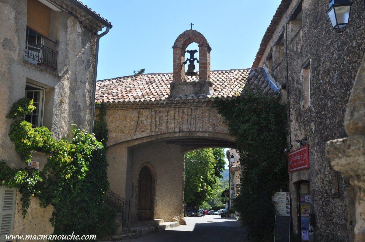 Le portalet ou chapelle Notre-Dame-du-Portalet.