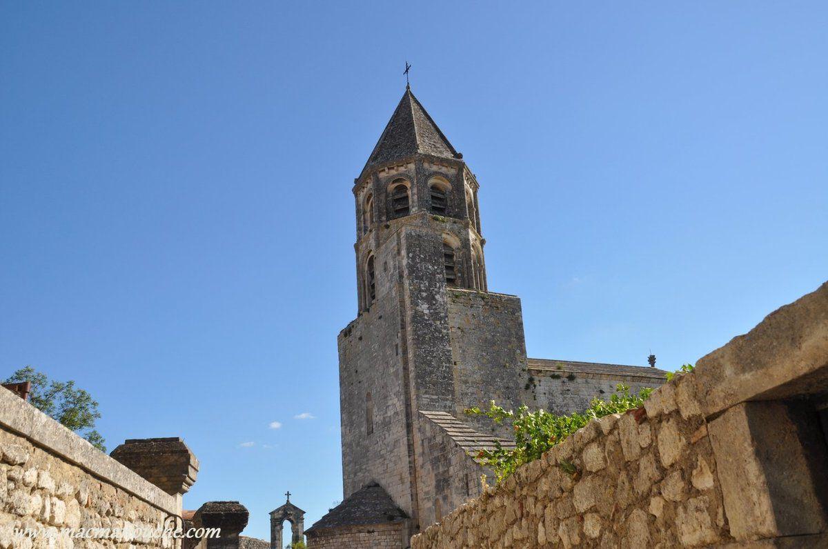 Tout d'abord l'église Saint-Michel, classée monument historique! … == > …