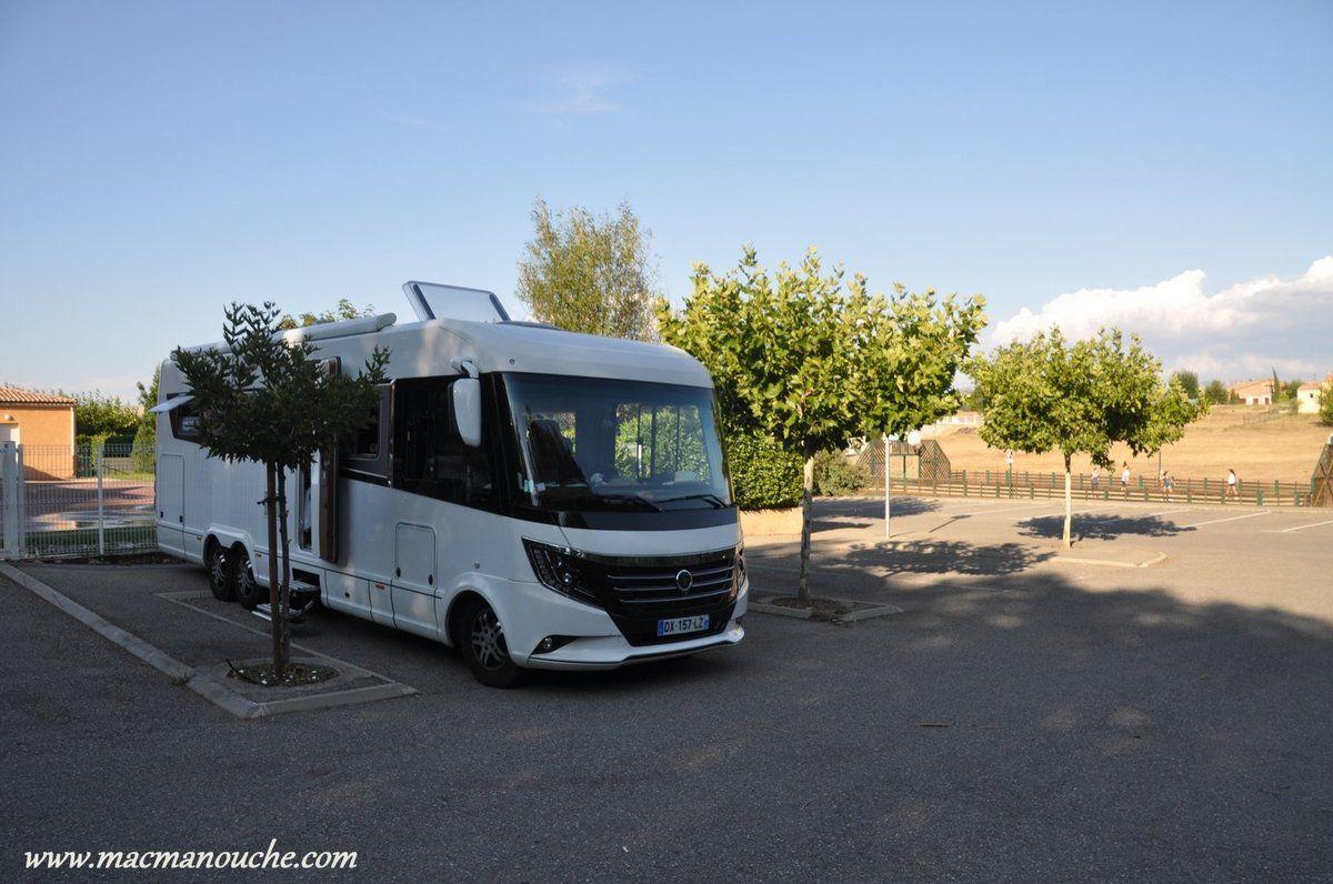 … == > …  on décide de tenter l'aire de Mison-les-Aramnrds qui se trouve 7 km avant d'arriver à  Laragne-Montéglin.