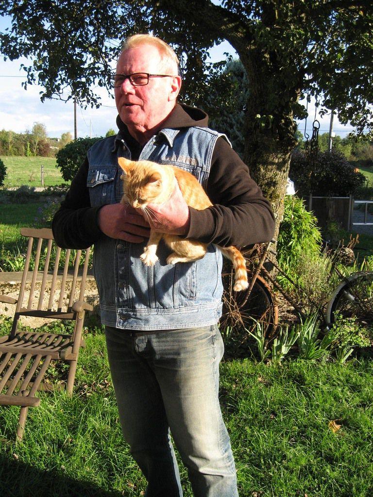 Photos de la famille, des amis, des clients, des chats, du jardin...