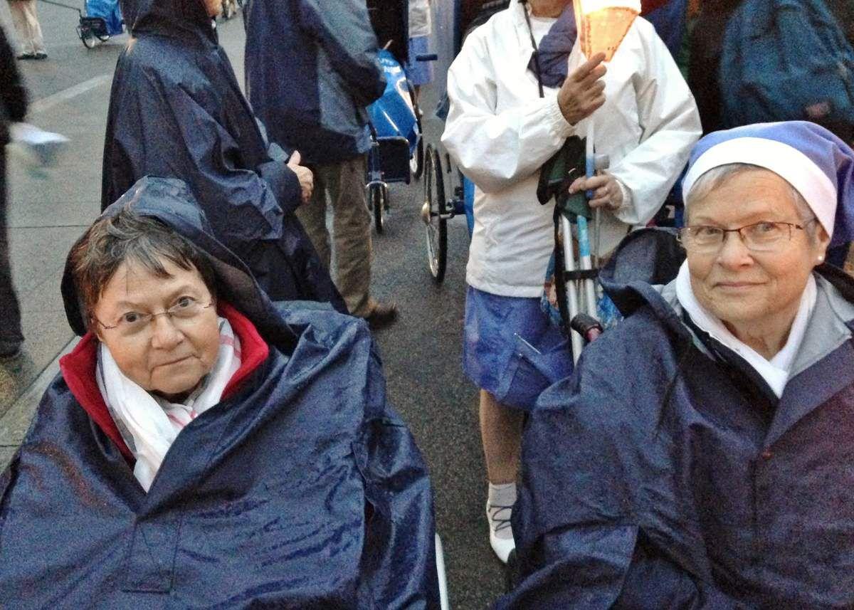 Maïck (à gauche) et Michelle lors du pèlerinage de mai 2014