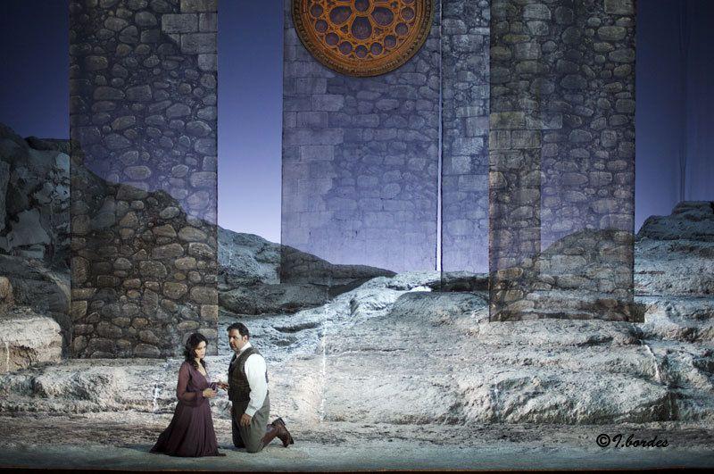 Photos originales de l'opéra «Opéra  CAVALLERIA RUSTICANA / I PAGLIACCI» à l'Opéra-Théâtre de Metz Métropole- (20h : ven. 3 et mardi 7 juin 2016, et à 15h : dim. 5 )