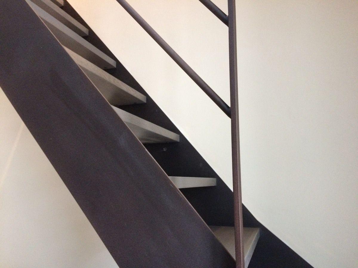 Escalier m tal rouill et bois chevalier michel - Escalier metal et bois ...