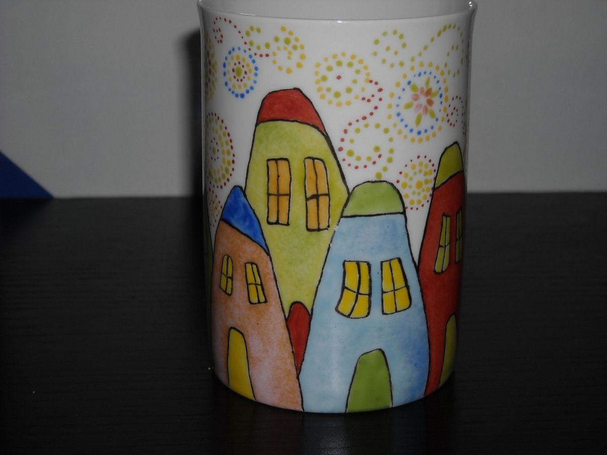 Tasse en porcelaine &quot&#x3B; Les maisons &quot&#x3B;