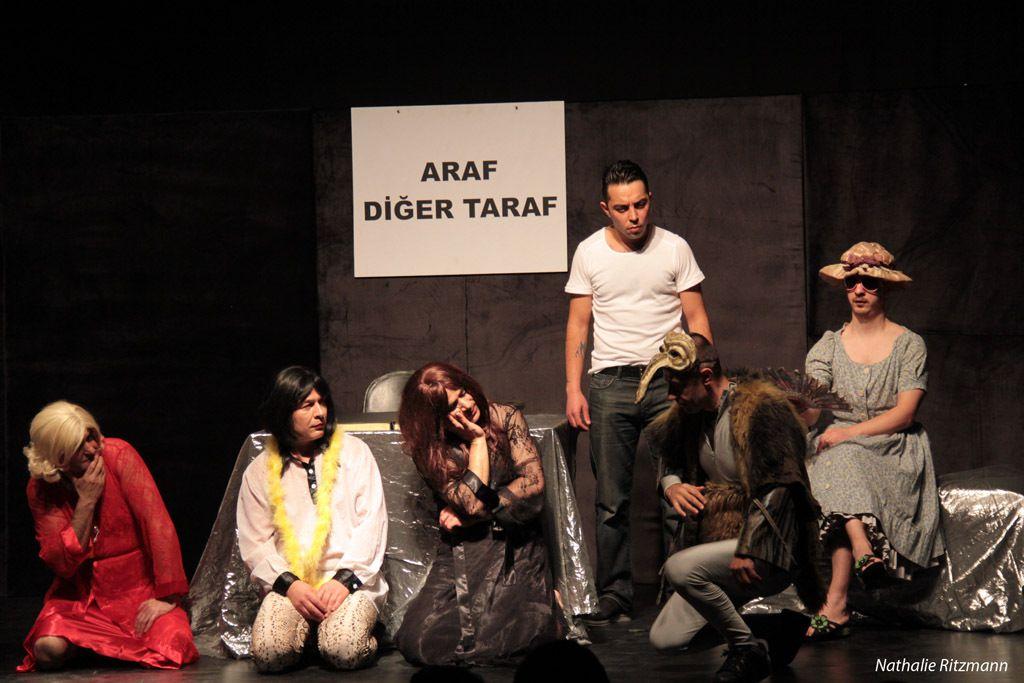 """""""Emanet Hayat"""" tiyatro oyunu"""