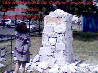Stèle des enfants cité Champvert rue Soeur Janin Lyon détruite en mai 2014 et en juin 2015