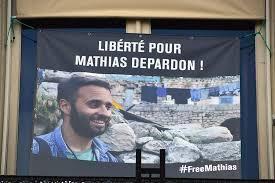 Il est libre, Mathias