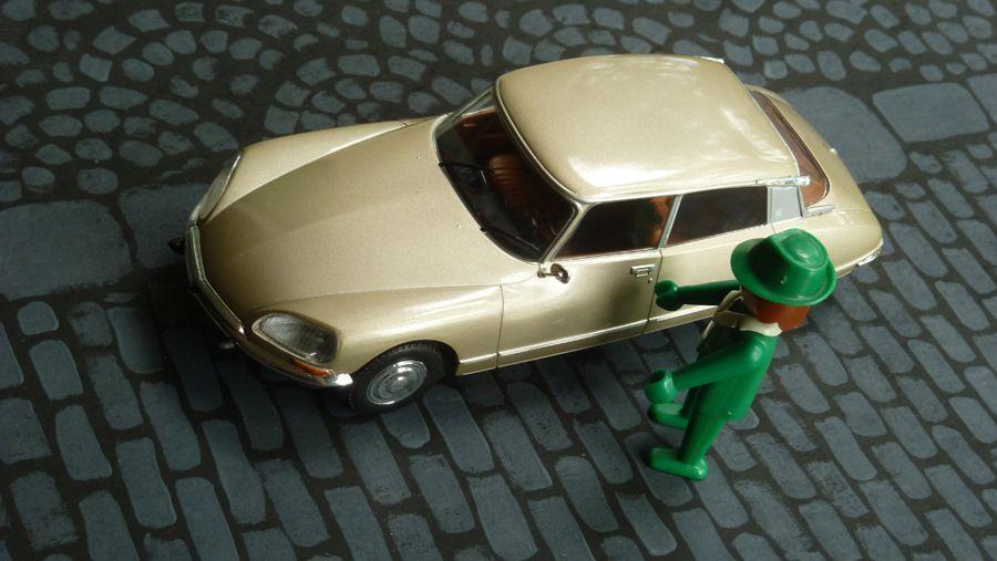 Auto vintage et Playmobil : la Citroën DS.