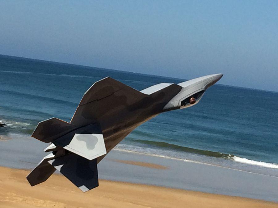 F22 au dessus de l'océan