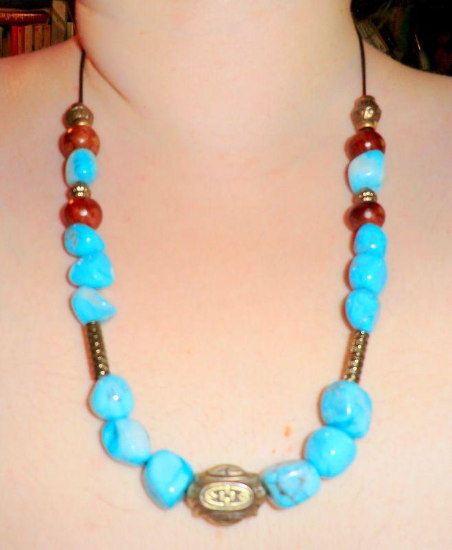 Collier en pierre Howlite turquoise et perles de bois