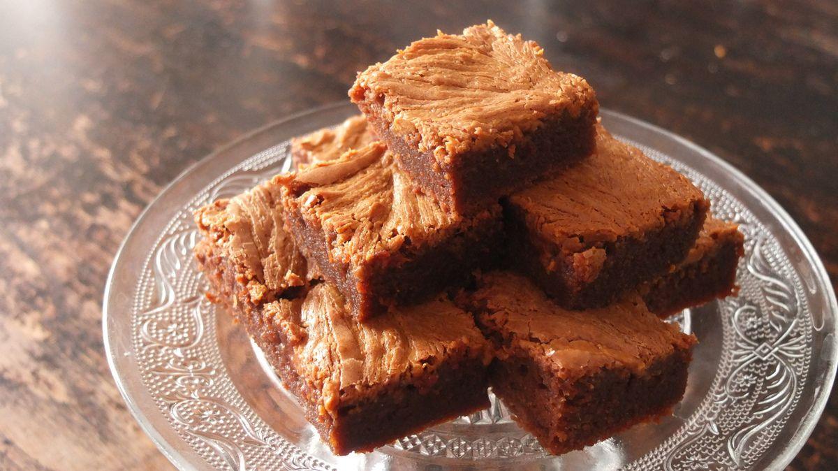 brownies au chocolat et au beurre de cacahu te la p tisserie de lucie. Black Bedroom Furniture Sets. Home Design Ideas