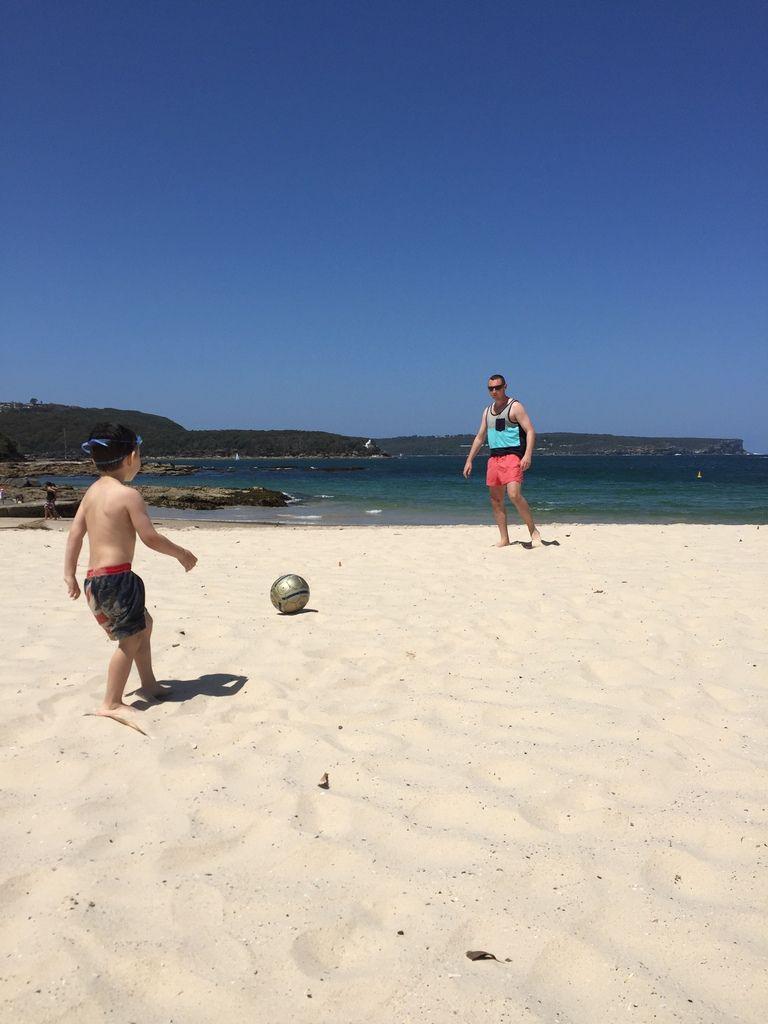 Petit après-midi plage improvisé avec papa et maman